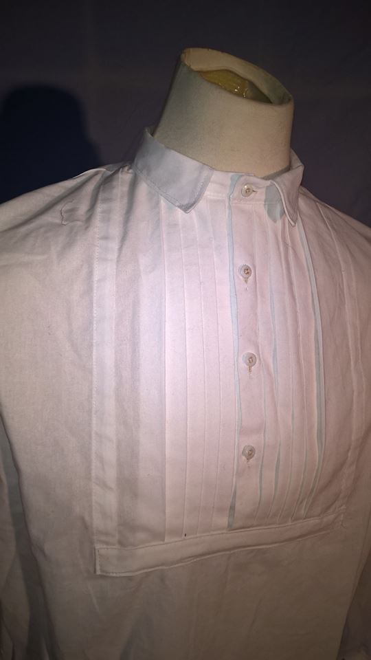 Men's Pleated-Front Dress Shirt